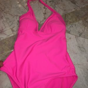Gorgeous Hot pink color  swimsuits🔥🔥